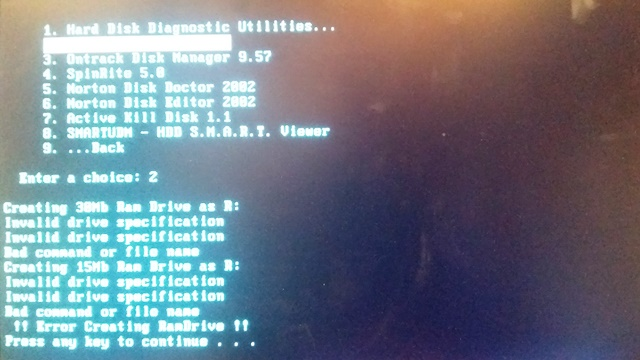Hirens-boot problem z programem